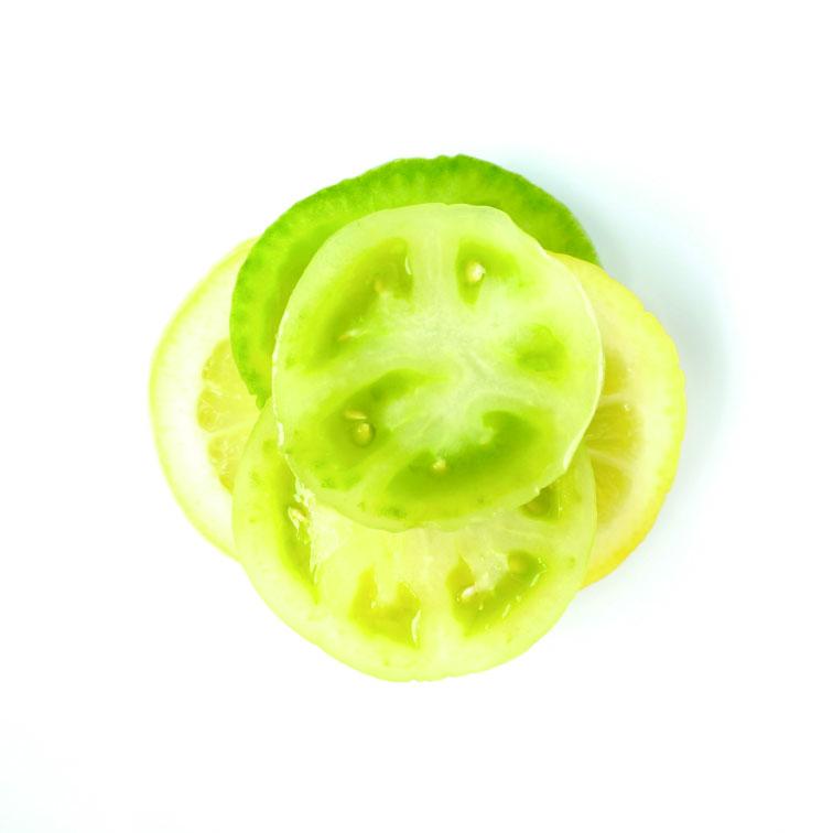 青トマトとレモン